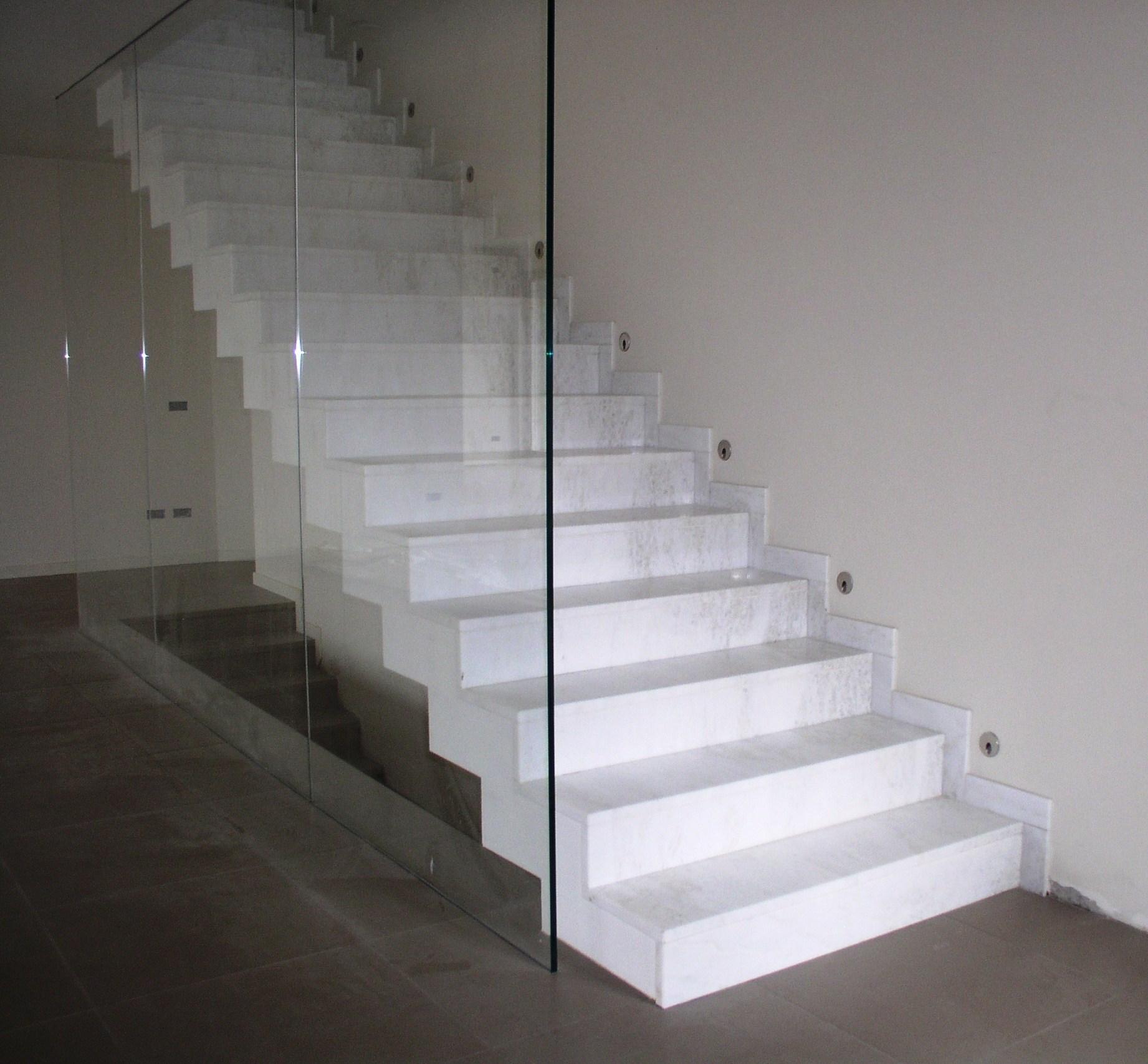 Marmi per esterni e interni granitmarmi snc di bresciani for Designer di piani di pavimenti online